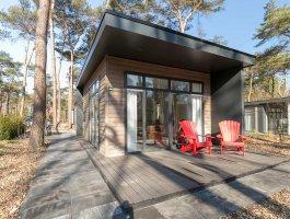 Recreatiechalet faro met lessenaar dak