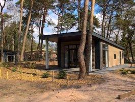 Recreatiechalet faro modern chalet met lessenaar dak